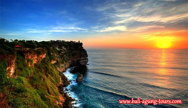 Amazing Sunset at Uluwatu