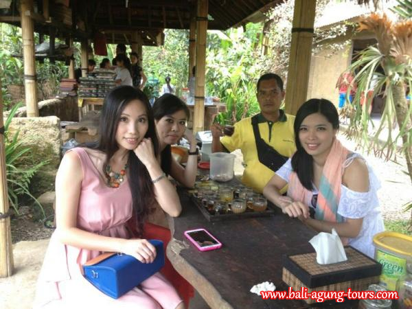 Debbie and friends from Hongkong